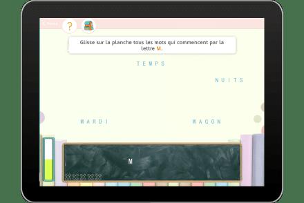 Exercice sur tablette pour reconnaitre une lettre